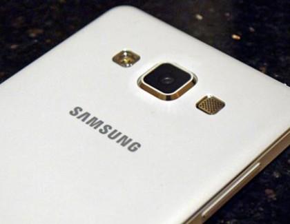 Il Samsung Galaxy A7 potrebbe avere una doppia fotocamera posteriore