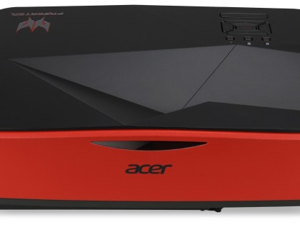 Nuovo proiettore Acer Predator Z850: formato ultra-wide e ottica ultra-corta