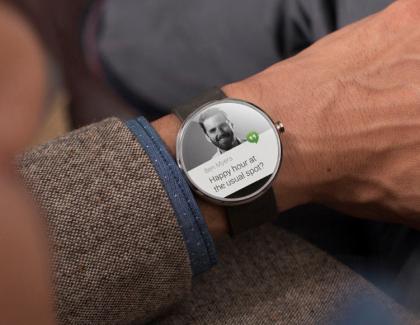 Moto 360 2014 non riceverà l'aggiornamento ad Android Wear 2.0