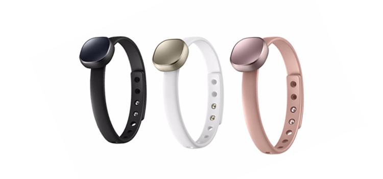 Debutta in Italia Samsung Charm, le nuove fitness band femminili