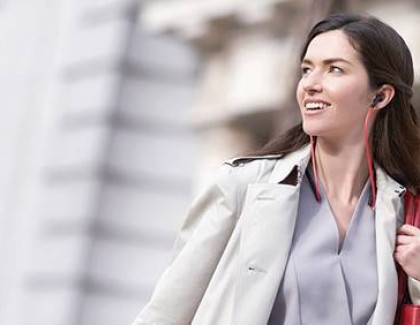 Jabra Halo Smart: le nuove cuffie intelligenti per chiamate e musica stereo