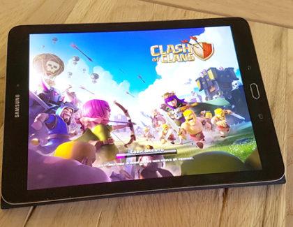 Problema di bassa risoluzione con Clash of Clans su Galaxy Tab S2? Ecco la soluzione!