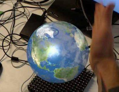 """Immersion Technology mostra come """"toccare"""" gli ologrammi di Hololens"""