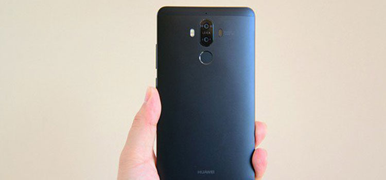Huawei Nova e Mate 9 lanciati in Cina nella colorazione Obsidian Black