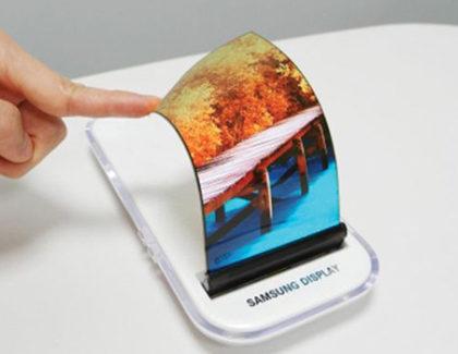 Samsung punta ai display OLED pieghevoli con 800 ppi