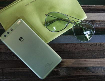 Huawei lancia il P10 e P10 Plus, in Italia, in versione Greenery e blu Pantone