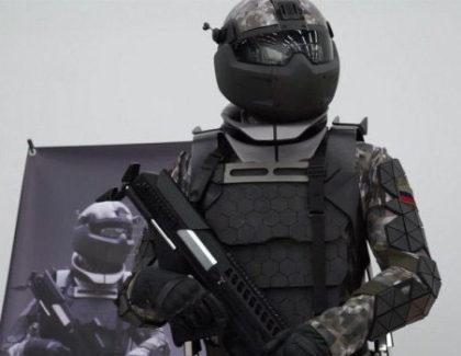 Ecco il nuovo esoscheletro per i prossimi super soldati russi | video