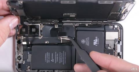 iPhone X torturato nel test di JerryRigEverything   teardown