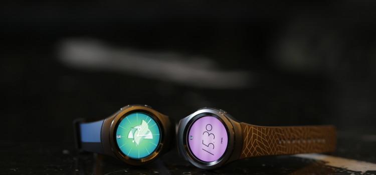 Samsung e Alessandro Mendini insieme per un Gear S2 più elegante