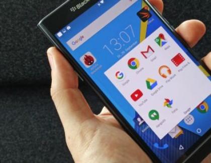 BlackBerry Priv: foto dei bordi curvi e informazioni sulla sicurezza