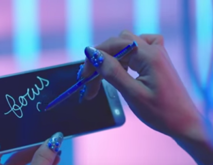 Samsung Galaxy Note 5 nel nuovo video di Ariana Grande