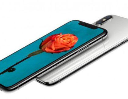iPhone X con batteria da 2.716 mAh. Più grande dell'iPhone 8 Plus