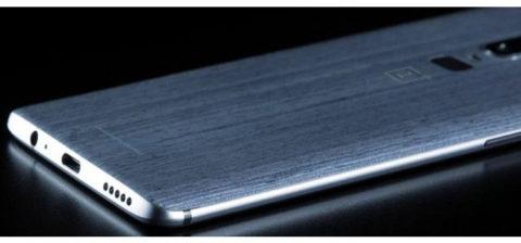 OnePlus 6: jack da 3,5 mm, nuova finitura posteriore e sensore ID