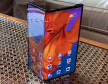 Il Huawei Mate X foldable integrerà un Kirin 990 e le fotocamere del P30