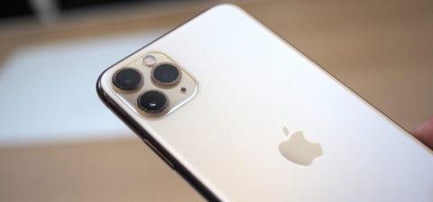 Primo confronto fotografico notturno tra iPhone 11 Pro Max e iPhone X